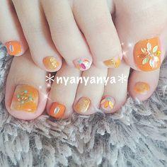 春/夏/デート/女子会/フット - nyanyanyaのネイルデザイン[No.3125087]|ネイルブック