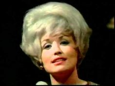 Dolly Parton - Mama, say a special prayer for me