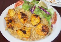 ok so here's the deal: I lived in India for 2 years, so I can't stand eating indian/pakistani food here b/c it sucks! but Khyber Pass in Santa Cruz tastes just right! Their chicken tikka masala is my absolute favorite & their biryani is superb! & with garlic nan <3