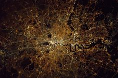 Astronaut Tim Peake takes stunning image of London from the International Space Station