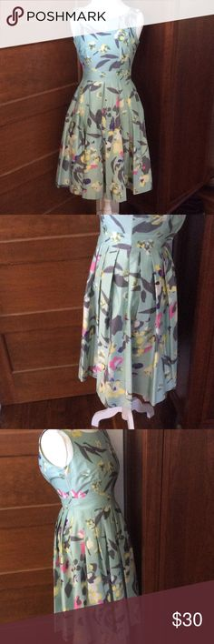Floral dress Sea foam green dress with pleats.  Measures 18 inches across the bust and 14 inch waist.  Hips are open. H&M Dresses Midi