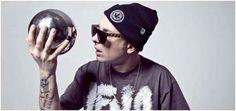 L'angolo dell'hater #27 - Clementino | Hiphopmadeinita.it - hip hop italiano, rap italiano, emergenti, interviste, video,…