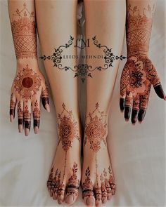 Weddings are incomplete without the Mehndi ceremony! For yours, we have curated a list of easy Arabic mehndi designs that will make you look spectacular! Wedding Henna Designs, Henna Tattoo Designs Simple, Indian Henna Designs, Henna Designs Feet, Mehndi Designs Book, Simple Arabic Mehndi Designs, Modern Mehndi Designs, Mehndi Designs For Fingers, Dulhan Mehndi Designs