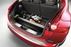 Nissan Juke Rear Boot Hard Liner with Dividers New and Genuine KE9651K5H0