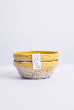ceramic cafe Hola amigas y amigos! Do you want to sunbathe? Ceramic Tableware, Ceramic Mugs, Ceramic Bowls, Ceramic Pottery, Pottery Painting, Ceramic Painting, Earthenware, Stoneware, Ceramic Cafe