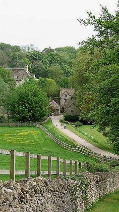 Bibury, Gloucestershire, England ✿⊱╮