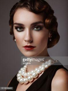 Bildbanksbilder : Glam retro diva
