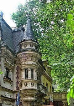 Torre del colegio en el barrio de Belgrano Buenos Aires Argentina