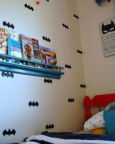 Small Superheroes, such a great idea for a boy's room!