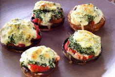 Roast mushrooms with spinach, ricotta & capsicum