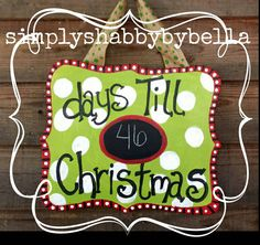 Christmas Countdown door/wall hanger by SimplyShabbyByBella Christmas Wood Crafts, Christmas Vinyl, Christmas Door, Christmas Signs, Christmas Projects, Holiday Crafts, Christmas Decorations, Christmas Ideas, Holiday Decorating