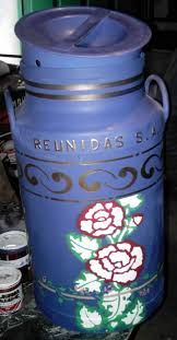 Imagen relacionada Hearth And Home, Milk Cans, Pots, Decoupage, Mason Jars, Canning, Tableware, Home Decor, Teapot