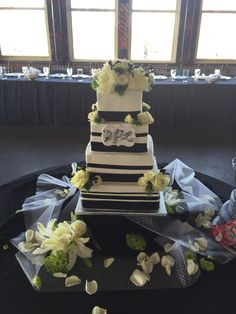 Wedding Cake Done By Mell At Cosentinos Price Chopper
