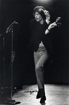 Rock n' Roll High Skool | Mick Jagger moving like Jagger on stage in the 60s