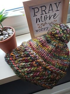 Ravelry: Project Gallery for Perky Little Hat pattern by Sharon Lentsch Easy Knitting, Loom Knitting, Knitting Patterns Free, Knit Patterns, Loom Knit Hat, Free Pattern, Yarn Projects, Knitting Projects, Crochet Projects