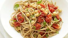 Spaghetti with Roasted Tomatoes, Chickpeas, and Basil from The Forks over Knives Plan