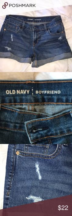 Old navy boyfriend shorts Only worn once! Old navy boyfriend style shorts. Great, comfortable fit Old Navy Shorts Jean Shorts