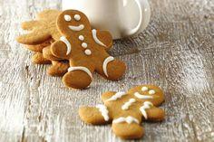 Essayez notre recette de biscuits pain d'épice préférée. La pâte est si fine et si douce qu'elle donne l'impression de travailler de la pâte à modeler! Biscuits, Boite A Lunch, Impression, Christmas Recipes, Gingerbread Cookies, Desserts, Favorite Recipes, Children, Crack Crackers
