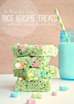 St Patrick's Day - Rice Krispie cakes with green food colouring, marshmallows and Lucky Charms cereal. #GirlguidingCymru
