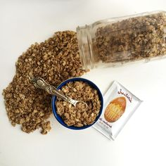 homemade granola recipe with almond butter - Looking to dupe Healing Home Foods Reduced Sugar Almond Butter Chunk granola and these ingredients are similar.