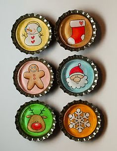 Holiday Bottle Caps - would be great as magnets on your holiday memo board!