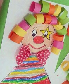 Klown Art Lesson Plans, Different Shapes, Holidays And Events, Face Shapes, Preschool Activities, Art Lessons, Wall Murals, Origami, Diy And Crafts