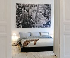 white floors, nyc picture from ikea Apartment Design, Bedroom Apartment, Home Bedroom, Bedroom Decor, City Bedroom, Futon Bedroom, Dream Apartment, Teen Bedroom, Home Interior