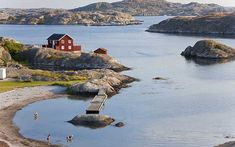 Simon Horsford is impressed by the charm and inventive cuisine of historic Gothenburg and by the beauty of the country's coastline.
