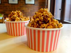 Caramel popcorn - yummy movie treat!