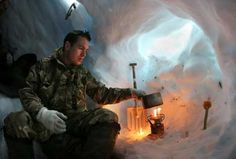 Top 10 Cold Weather Survival Gear Items - There are many essential BOB items that are helpful in a winter survival scenario.  The best of these can serve to greatly increase your chances of survival when the mercury is dropping and snow is on the way.  Here are our picks of the best cold weather survival gear that should be a part of any bug out bag in a cold climate