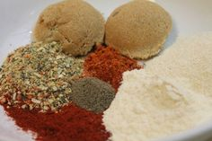 This delicious homemade barbecue dry rub is the perfect seasoning for everything BBQ! Keep this on hand for summer cookouts and delicious BBQ recipes all year. Homemade Bbq, Homemade Seasonings, Homemade Spices, Slow Cooker Recipes, Crockpot Recipes, Cooking Recipes, Healthy Recipes, Simple Recipes, Easy Cooking