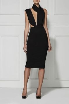 A chic and sexy black dress with a deep V neck and high neck design. Haute Couture Style, Couture Mode, Couture Fashion, Sexy Dresses, Beautiful Dresses, Evening Dresses, Fashion Dresses, Dress Skirt, Dress Up
