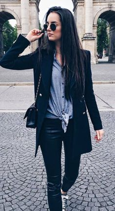 balck and grey fashion trends / coat + top + bag + pants