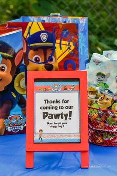 'Thanks for coming to our pawty' party favor sign