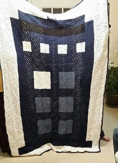 TARDIS crochet granny square quilt by for-noxus. And the skills to make it obviously. Granny Square Quilt, Crochet Square Blanket, Crochet Blankets, Crochet Granny, Love Crochet, Crochet Ideas, Crochet Patterns, Tardis, Crocheting