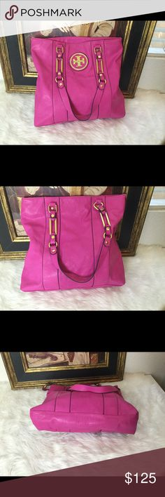 Tory Burch Pink Tote Bag. 🎉 Check out this gorgeous Fuchsia Tory Burch tote bag.  15x14.5. In good condition! Tory Burch Bags Totes