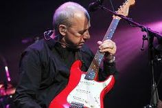 Mark Knopfler (Dire Straights) ages gracefully