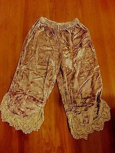 Magnolia-Pearl-Champagne-Crushed-Velvet-Bloomer-Pant-with-Crocheted-Hem