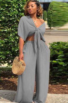 Plaid Pants Outfit, Plaid Suit, Hot Suit, Tight Suit, Girls Pants, Girls Suit, Suits For Women, Clothes For Women, Skinny Suits