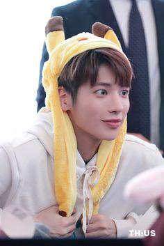 Kai, Rapper, Fandom, Thing 1, February 5, Educational Videos, Jonghyun, K Idols, Role Models
