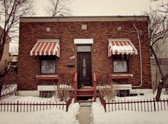 Montreal Ville, Box Houses, Canada, Construction, Shoe Box, The Neighbourhood, Cabin, Architecture, House Styles
