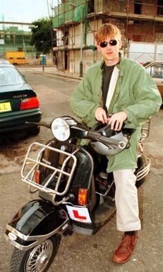 Damon Albarn Going Blind, You Really Got Me, Blurred Lights, All Bran, Damon Albarn, Jamie Hewlett, Blur Photo, A Series Of Unfortunate Events, Britpop