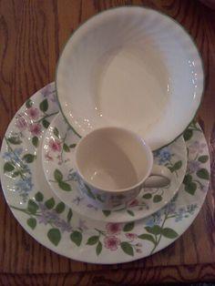 Flower corelle dinnerware