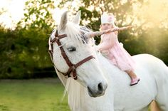 """love this beautiful photo of a little girl & a """"unicorn"""""""