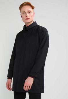 2ce9c794aff9 Holzweiler. MAC - Korte frakker - black. Mønster unifarver. Samlet længde
