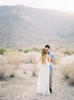 DESERT ANNIVERSARY PHOTO SESSION IN PALM SPRINGS - Michael Radford Photography | PalmSpringsWed.com