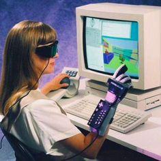 vaporwave computer Retro Events on Twit - vaporwave Zbrush, Moda Cyberpunk, Alter Computer, Arte Punk, Pub Vintage, Vaporwave Art, Futuristic Technology, Technology Gadgets, Technology Design