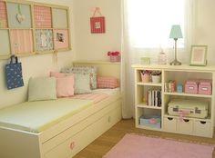 A la hora de decorar un dormitorio para un adolescente el primer paso, sin duda, es pedir opinión al adolescente y , los pasos siguientes, mobiliario cómodo, moderno y una cama bien grande. No nos …