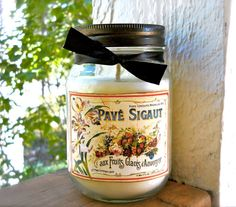 BLACKBERRY VANILLA 16 oz Jar Candle featuring Antique style label Shabby Chic cottage romantic