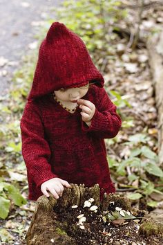 Little Red Riding Hood Sweater Knitting Yarn, Knitting Patterns, Crochet Baby, Knit Crochet, Madeline Tosh, Red Cottage, Red Riding Hood, Little Red, Knitting Projects